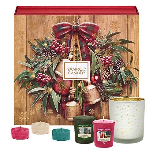 Yankee Candle Set de Regalo de Calendario de Adviento con 12Velas Votivas Aromáticas, 12Velas de Té Aromáticas y un Portavelas Votivo, Estuche de Regalo de Libro Navideño